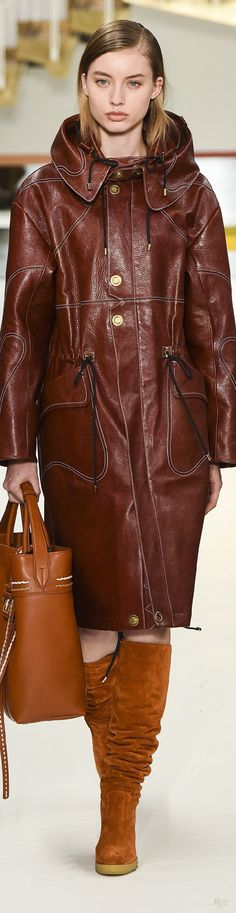 Fall 2018 RTW Tod's Leather Trench Coat, Leather Jacket, Cool Coats, Fur Clothing, Fashion Week 2018, Winter Trends, Couture Collection, Fall 2018, Leather Fashion