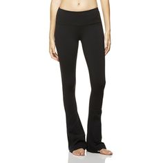 The beauty of yoga is in its simplicity. The super-slim Alo Yoga Women's Arroyo Pant avoids any excess bulk or unnecessary features. This full-length pant features a high waistband to keep things right in place no matter what pose you're in, and a lined gusset allows for a full range of motion. Who says simple can't be stylish? A flared hem and flattering side seam add good looks to this performance pant.