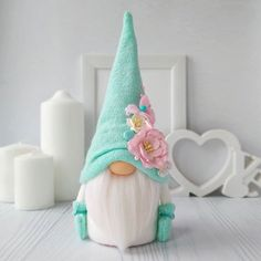1 million+ Stunning Free Images to Use Anywhere Easter Crafts, Fun Crafts, Diy And Crafts, Christmas Crafts, Christmas Decorations, Scandinavian Gnomes, Craft Free, Christmas Gnome, Fabric Dolls