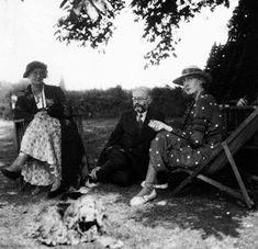 James Strachey and Virginia Woolf in 1934