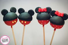 Sweet Cucas and Cupcakes by Rosângela Rolim: Pop Cakes Mickey e Minnie