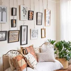 Bedroom Wall Molding Ideas: You Will Love These Easy And Fun Picture Hanging Tricks Gallery Wall Bedroom, Bedroom Wall, Bedroom Decor, Wall Beds, Picture Rail Bedroom, Diy Picture Rail, Picture Rail Hanging, Picture Rail Molding, Bedroom Ideas