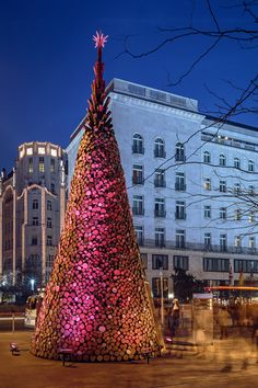Ways to Welcome 2015: creating an 11-metre-high #Christmas tree made of wooden logs in Budapest, by Hello Wood #architecture studio. Happy New Year, #WoodLovers!