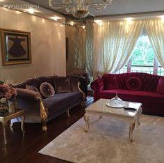 Salonda klasik stil hakim.. Bordo ve gri uyumunu yer verilmiş..