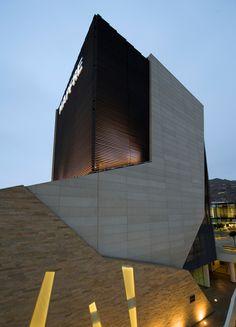 MAPFRE Complex by TSM Asociados | Independencia, Lima, Peru