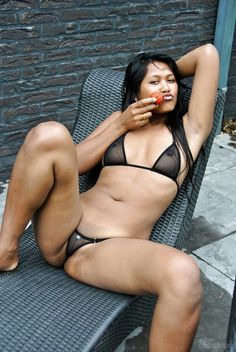 I would Live in Her!!! She is soo SeXxXy to me...