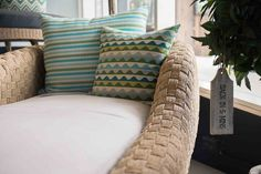 Outdoor - Furniture - Chaise - Lounge - Wicker - Fabric