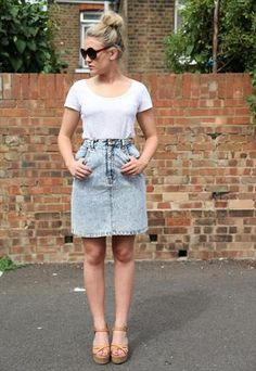 Vintage 1990's Short Acid Wash Denim Skirt