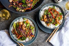 Learning how to make stir fry is one of the best ways to make a the perfect fresh and healthy dinner to whip up any day of the week! We have all the tips and tr Chinese Vegetables, Mixed Vegetables, Veggies, Chicken Fried Rice Recipe Easy, Chicken Recipes, Shrimp Recipes, Asian Recipes, Healthy Recipes, Ethnic Recipes