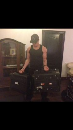 he's just too hot and the size of those arms is just gonna kill me. Ghost Adventures Zak Bagans, Whispers In The Dark, Cute Celebrities, Celebs, Ghost Hunting, Man Alive, Good Looking Men, Perfect Man, Man Crush