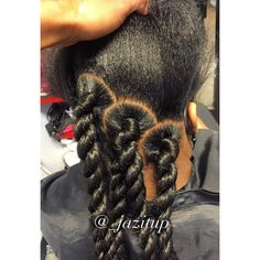 """1,108 Likes, 28 Comments - JAZMIN DAVIDSON (@_jazitup) on Instagram: """"The process.... LARGE JUMBO TWIST!!! #JAZITUPHAIR #JAZITUPBRAIDS CALL AND MAKE YOUR APPOINTMENT…"""""""