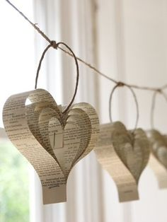Shakespearean Paper Garland of Hearts / Designed by Bookity