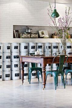 paint bucket storage