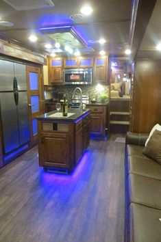 Stunning Lakota Big Horn with 22' living quarter that includes an island kitchen!?  Yes Please!  Get it in Canton, TX