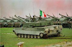 """Italian 132-Panzer brigade """"Ariete"""" on the parade ground."""