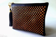 Hand Woven Faux Leather Clutch Purse Bag. - Black and Dark Gold Colors. - This purse is perfect every women for party, dinner, evening bag.    Size: Small