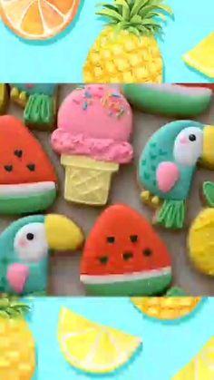 Decorating Sugar Cookies has long time be my favourite. Fish Cookies, Fancy Cookies, Cute Cookies, Easter Cookies, Birthday Cookies, Kawaii Cookies, Christmas Cookies, Sugar Cookie Royal Icing, Best Sugar Cookies