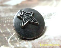 Your place to buy and sell all things handmade Star Buttons, Shank Button, Star Patterns, Vintage Buttons, Rock, Stars, Antiques, Metal, Accessories