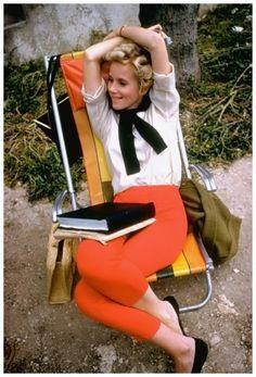 Eva Marie Saint, 1960 casual sportswear pencil pants shirt blouse flats shoes orange black white early 60s color photo print movie star vintage fashion style