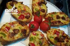 Fırında Yumuşacık Ekmek Pizza (Kahvaltılık) Pizza, Baked Potato, Zucchini, Food And Drink, Potatoes, Baking, Vegetables, Breakfast, Ethnic Recipes