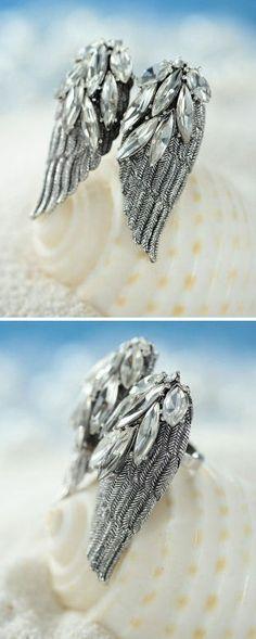 Crystal Angel Wings Ring <3