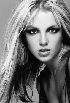 Iconic: Britney Spears Pictures