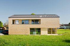 Jürgen Haller - Projekte Elevator Design, House Roof, Home And Family, Garage Doors, Shed, Outdoor Structures, House Design, Outdoor Decor, Homes