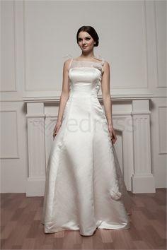Robe de mariée simple Bretelles fines A-ligne en Satin http://fr.SzWedress.com/Robe-de-mariée-simple-Bretelles-fines-A-ligne-en-Satin-p21210.html