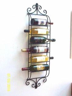 Adega de Parede em ferro Metal Projects, Metal Crafts, Wrought Iron Decor, Diy Plant Stand, Iron Furniture, Wine And Liquor, Tuscan Decorating, Bar Drinks, Wine Rack