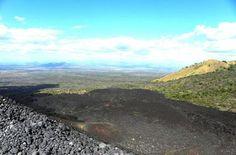 El volcán Cerro Negro de Nicaragua abre sus puertas al deporte extremo http://www.rural64.com/st/turismorural/El-volcan-Cerro-Negro-de-Nicaragua-abre-sus-puertas-al-deporte-extremo-5271