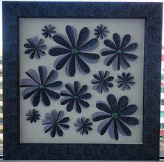 Quadro Flores Flores em Tecido impermeabilizado Moldura Revestida com Tecido impermeabilizado Tamanho da Moldura 34x34 cm