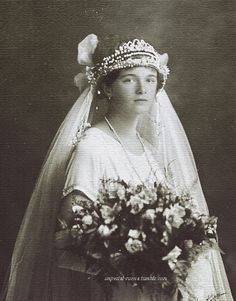 Grand Duchess Olga - If only she had made a marriage match in time she might have been spared. She would have made a beautiful bride. ( Since posting discovered that the pic is a fake fantasy pic someone made up. Vintage Photographs, Vintage Photos, Olga Romanov, Familia Romanov, Romanov Sisters, Grand Duchess Olga, House Of Romanov, Alexandra Feodorovna, Tsar Nicholas Ii