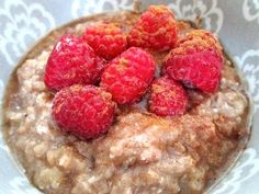 "Maple TVP Protein ""Oatmeal"" - water, TVP, rolled oats, ground flax, apple pie spice, maple/vanilla extract, liquid stevia/other sweetener, brown sugar extract (optional), egg whites, toppings of choice (she used sugar-free maple syrup, raspberries, and cinnamon)"