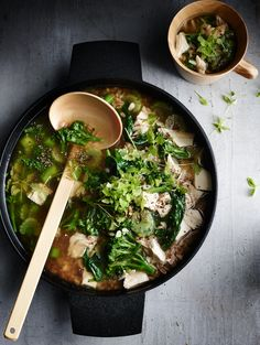 chicken and spelt soup with leafy greens from donna hay magazine winter issue #81 (Baking Tools Easy Dinners)