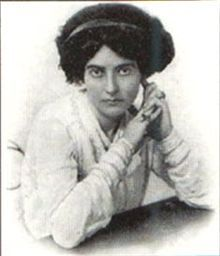 Mary MacLane (1881-1929) was a Canadian-born writer whose frank memoirs helped usher in the confessional style of writing. She was considered wild and uncontrolled, a reputation she nurtured, and was openly bisexual as well as a vocal feminist. Even by today's standards, her writing is raw, honest, unflinching, self-aware, sensual and extreme. She wrote openly about egoism and her own self-love, sexual attraction and love for other women, and even about her desire to marry the Devil.