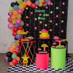 Sleepover Birthday Parties, 18th Birthday Party, 50th Party, Neon Party Decorations, Birthday Decorations At Home, Neon Birthday Cakes, Glow In Dark Party, Disco Party, Sweet 16 Parties