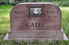 Dump A Day 25 People Who Took Their Sense Of Humor To The Grave