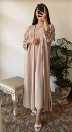 Modest Fashion Hijab, Modern Hijab Fashion, Modesty Fashion, Hijab Fashion Inspiration, Abaya Fashion, Muslim Fashion, Modest Outfits, Couture Fashion, Fashion Dresses