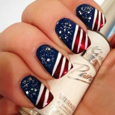 of July Nails! The Very Best Red, White and Blue Nails to Inspire You This Holiday! Fourth of July Nails and Patriotic Nails for your Fingers and Toes! July 4th Nails Designs, Christmas Nail Art Designs, Holiday Nail Art, Best Nail Art Designs, Nail Designs Spring, Christmas Nails, Nail Designs Summer Easy, Nail Art Ideas For Summer, Navy Blue Nail Designs