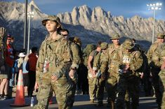https://flic.kr/p/25uXuHi | 180325-O-JA0788-0162 | by Master Sgt. Paula Aragon Over 8,400 participants marched in the 29th Annual Bataan Memorial Death March, March 25. The event is held to commemorate the over 72,000 Philippine and American Soldiers who were forced to march over 90 miles to their prisoner of war camps during WWII.