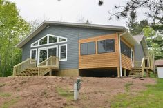 Newly remodeled Upper Clam Lake vacation home rental