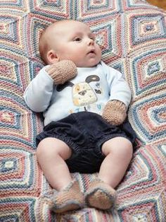 f49de7ec974 Keep little fingers and toes snug with these cute Knitted baby mitts and  bootees