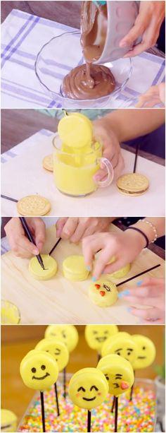 Alfajor de Emoji, que ideia mais bacana pra criançada #ALFAJOR #doce #doces #sobremesa #sobremesas #chocolate