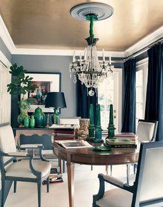 wohnzimmereinrichtungen beispiele weißes sofa schwarze decke, Wohnzimmer dekoo