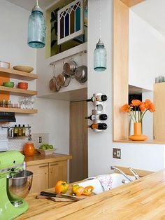 Article about redecorating kitchen for less than 800?