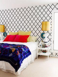Dieser marokkanische inspiriert allover Rankgitter-Schablone arbeitet SO perfekt in so viele verschiedene Arten von Dekor. Das Schablone