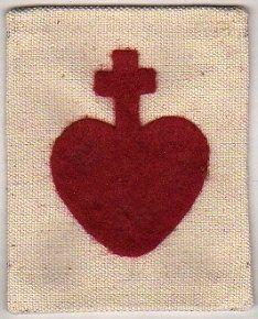 Coeur vendéen : bijou ancien et signe distinctif durant les Guerres de Vendée (1793) (D'après « Bulletin de la Société d'anthropologie de Paris », paru en 1903)