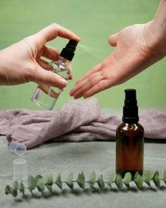 DIY - Gör egen handsprit • Morotsliv Deodorant, Soap, Personal Care, Interior Design, Bottle, Diy, Alcohol, Nest Design, Self Care