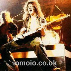 Pics from the past - Page 298 Alex Van Halen, Eddie Van Halen, Van Halen 5150, David Lee Roth, Greatest Rock Bands, Joy Division, Def Leppard, Hard Rock, The Past