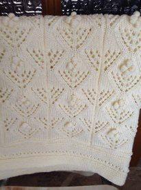 Baby blanket knitting crochet in white  Κουβέρτα με πλέξιμο βελονάκι σε άσπρο Baby Blankets, Baby Items, Lace Shorts, Knit Crochet, Crochet Patterns, Knitting, Women, Crochet Chart, Tricot